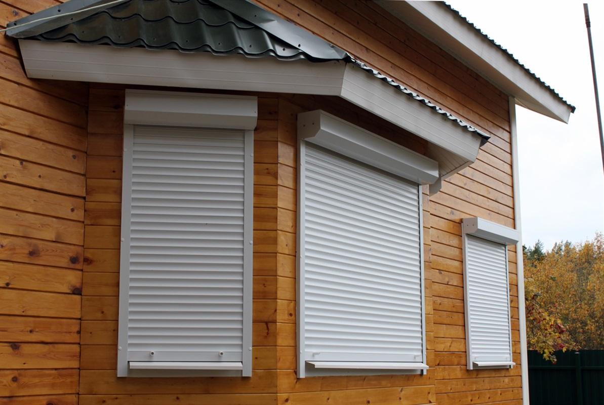 Металлические рольставни для защиты дома