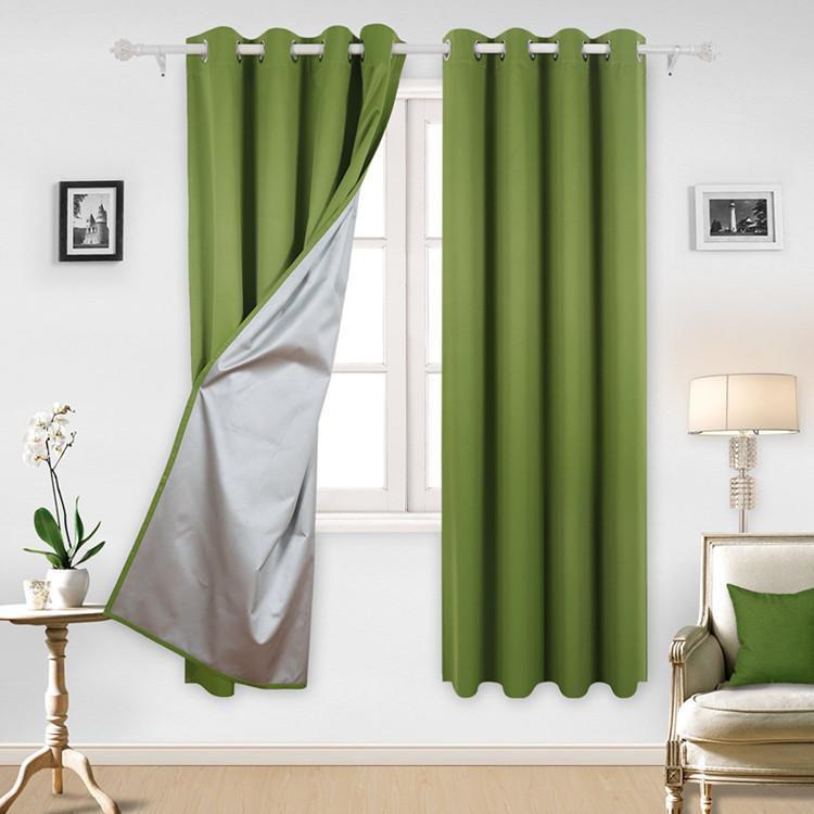 Зеленая штора в комнату