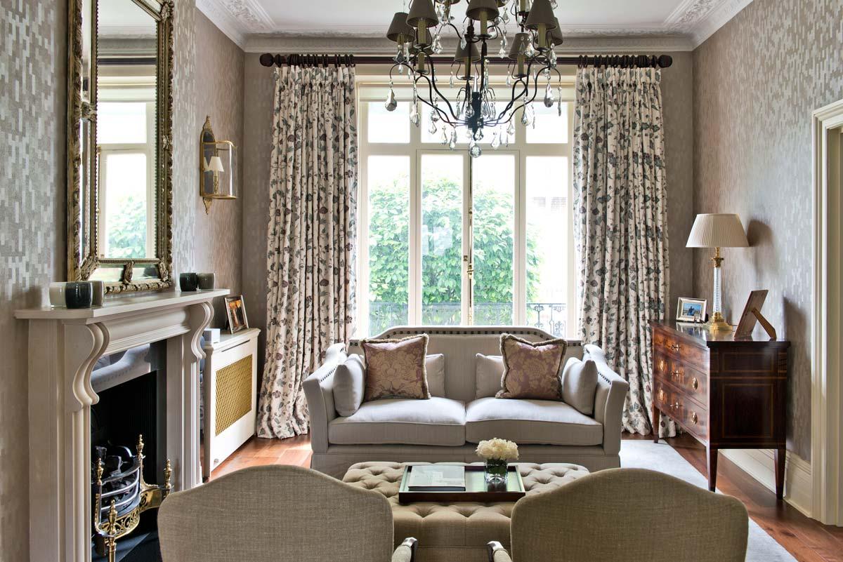 Английские шторы в гостиную